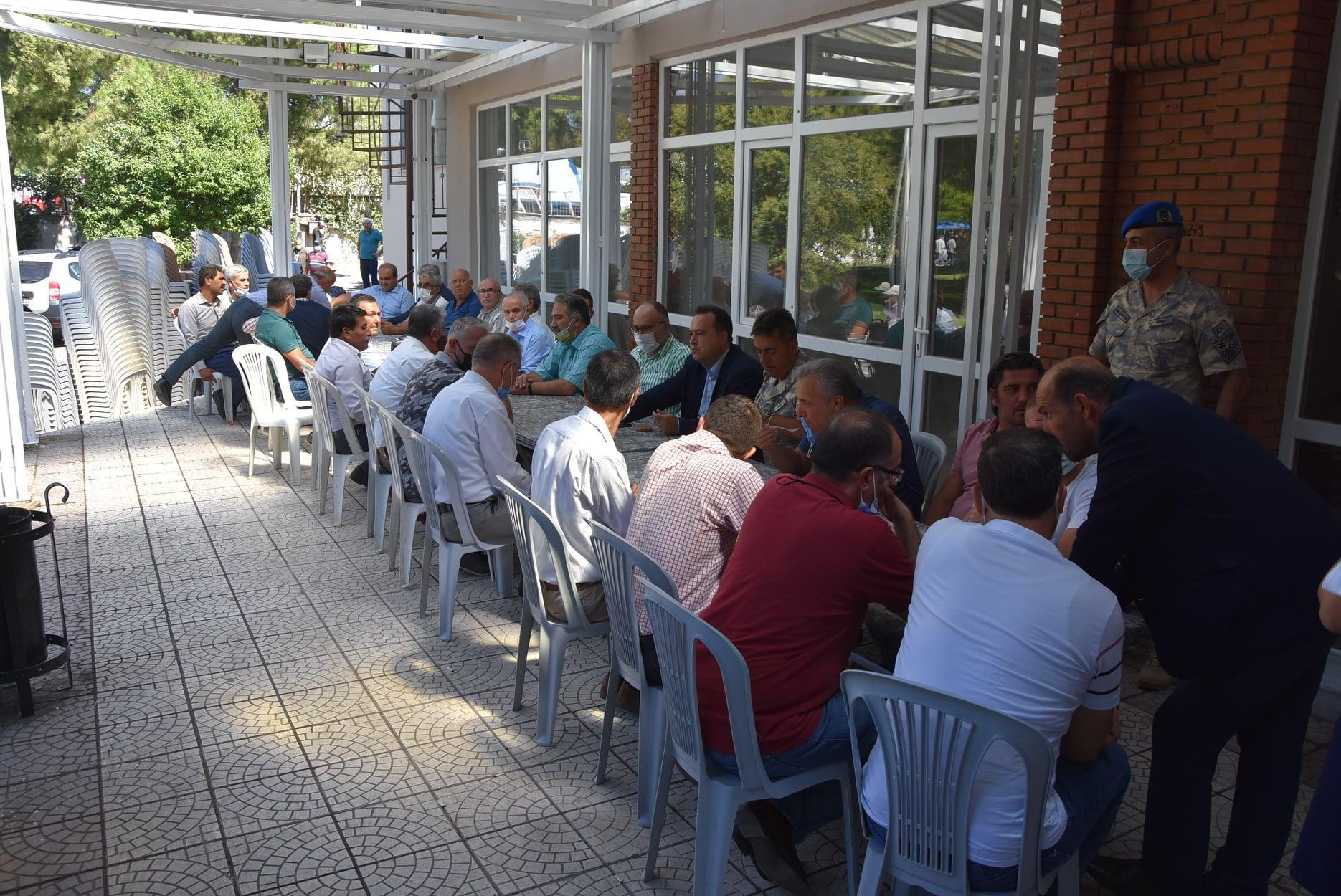 Akhisar Belediyesi'nden muhtarlara yeni bina-gazete-yenıgun