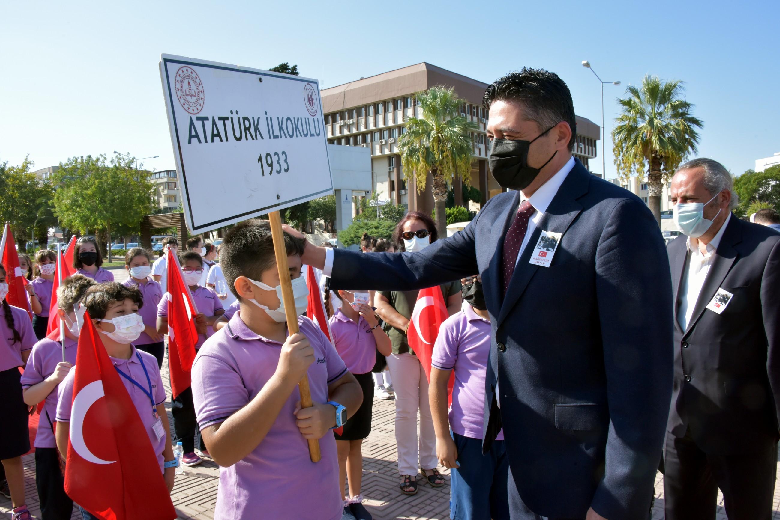 Aliağa'da İlköğretim Haftası Coşkusu-gazete-yenigun