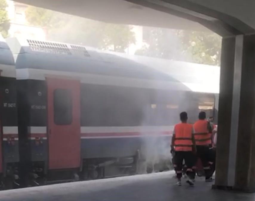 Aydın tren istasyonunda yangın-2-gazete-yenigun