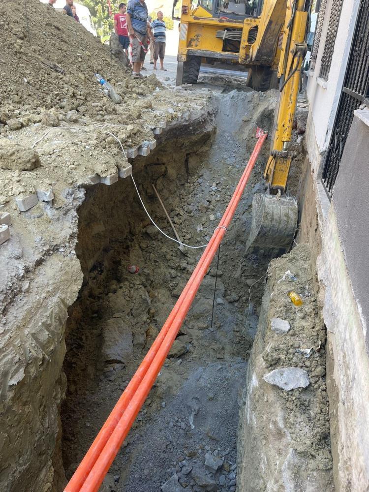 Aydın'da bir işçi kazı çalışmalarında toprak altında kaldı-1-gazete-yenigun