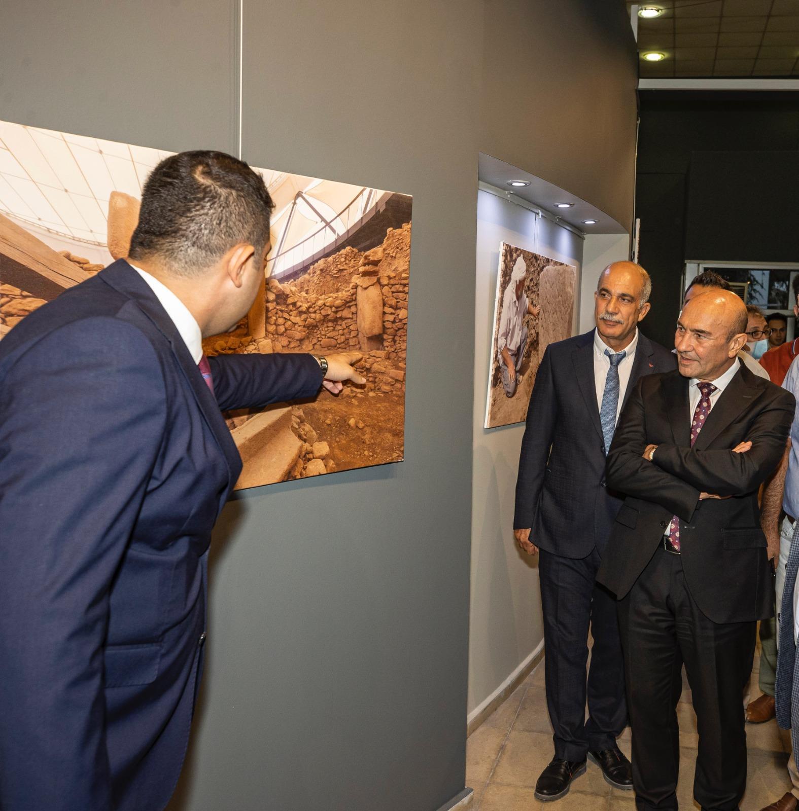 Başkan Soyer Göbeklitepe Fotoğraf Sergisi'nde