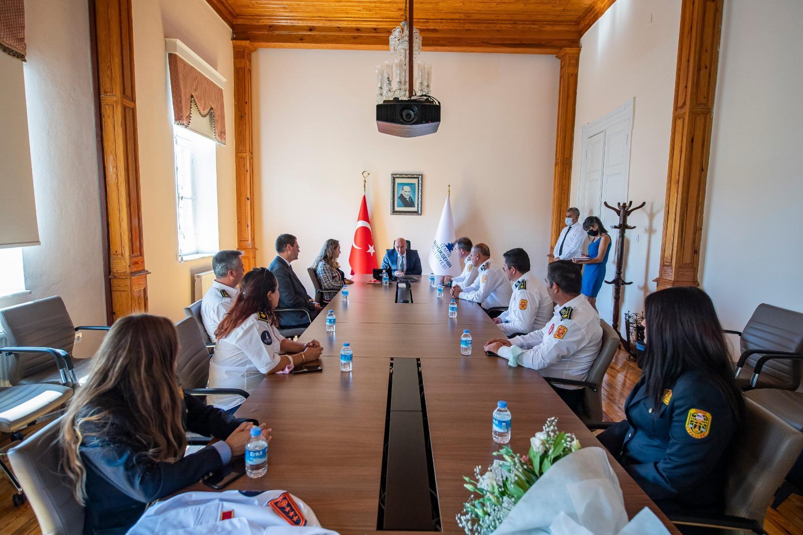 Başkan Soyer İtfaiye Haftası kapsamındaki törende konuştu-yengun gazete