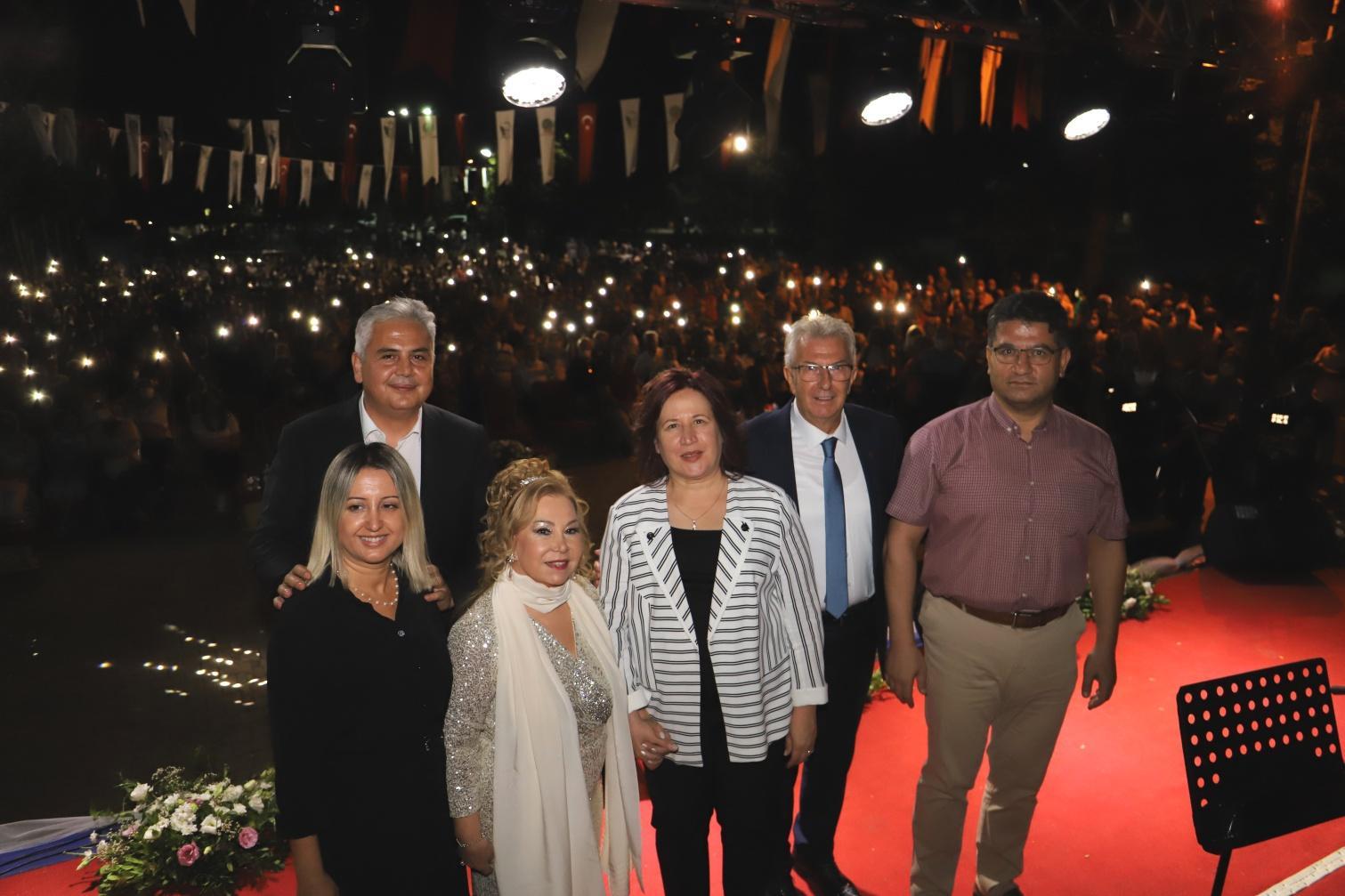 Bedia_Akartürk_Konser (3)