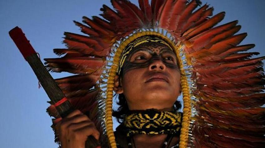 brezilyada-yerli-halk-haklari-için-yürüdü3