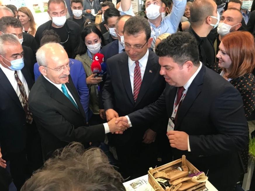 Buca standı Kılıçdaroğlu'ndan tam not aldı-2-gazete-yenigun