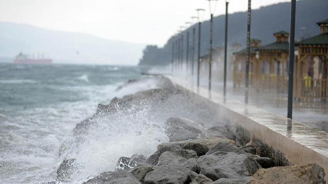 Güney Ege ile Akdeniz'de fırtına bekleniyorr