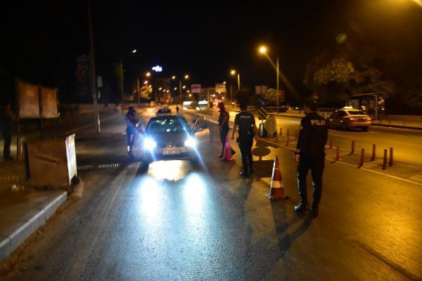 İzmir'de polisler ile huzur ve güven uygulaması-yenigun
