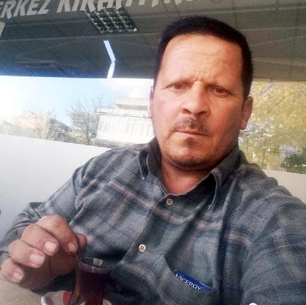 Kamyonla çarpışan otomobildeki 2 kardeş öldü -yenigun gazete