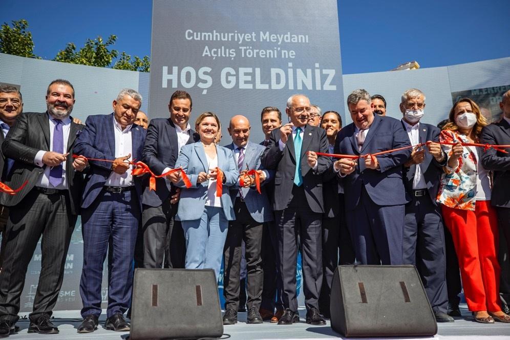 _ Kılıçdaroğlu'nun katılımıyla Cumhuriyet Meydanı'na görkemli açılış! _MR38922