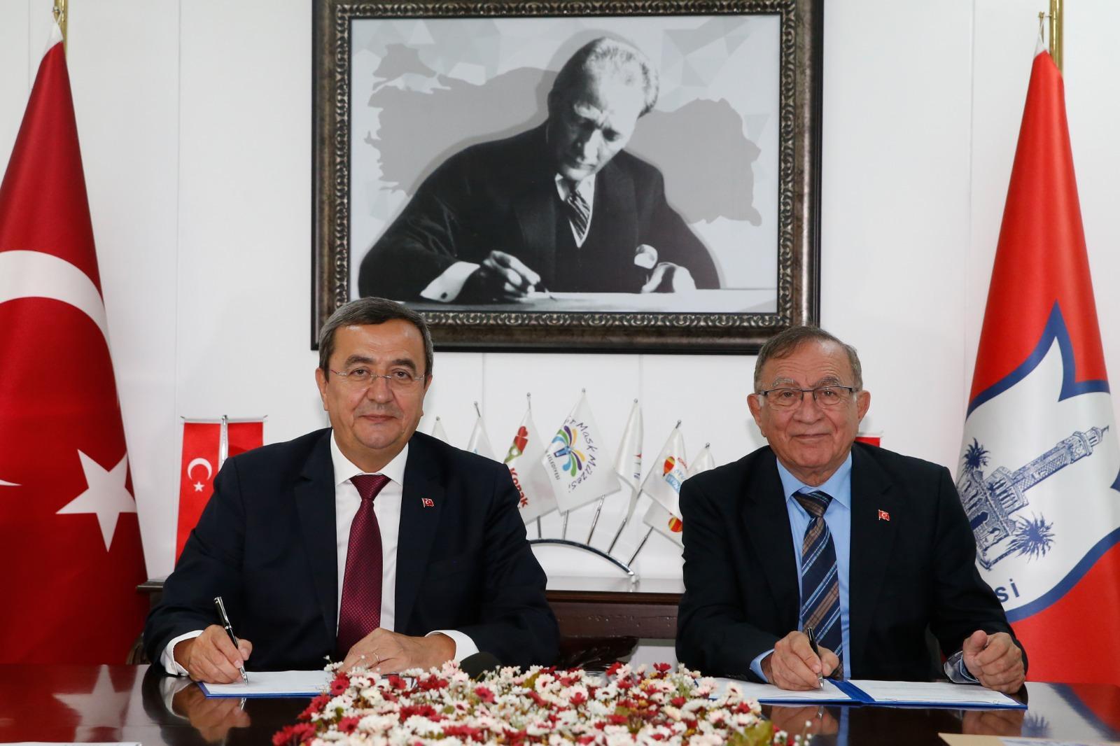 Konak Belediyesi ve Adana Seyhan Belediyesi kardeş şehir oldu (2)-1
