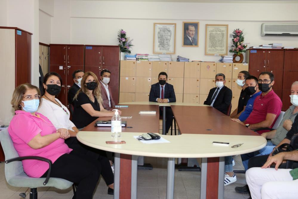 Milli Eğitim Müdürü Çay okulları ziyaret ediyor-1-gazete-yenigun