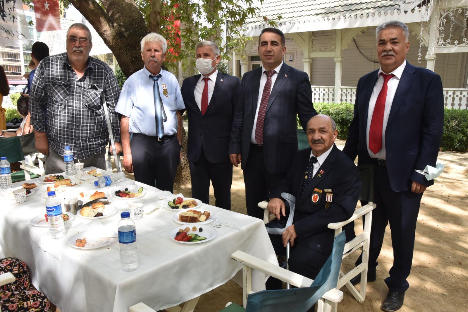 Gaziler Gününden (2)