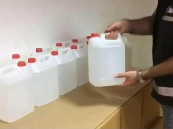 İzmir'de 4 bin 645 litre sahte etil alkol ele geçirildi-yenigun