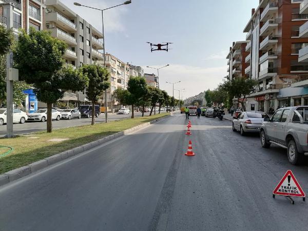 İzmir'de dron destekli trafik denetimi