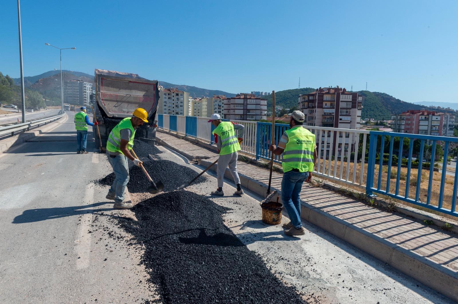 Karşıyaka ve Karabağlar'da yağmur suyu hattı çalışmaları sürüyor -yenigun gazete
