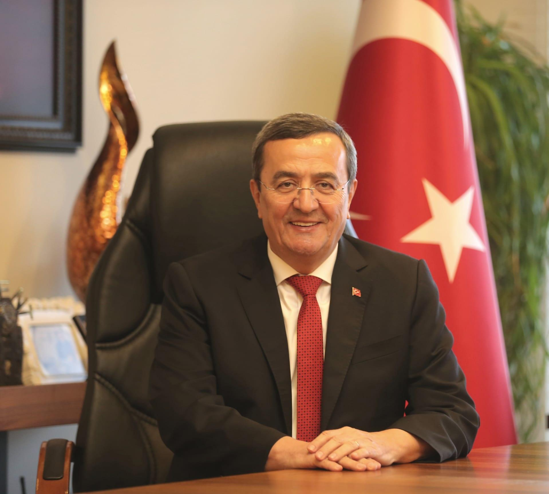 Konak Belediye Başkanı Abdül Batur-2